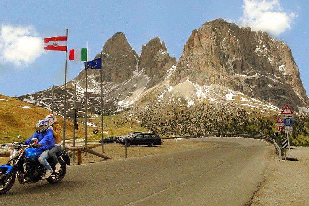 Motorradfahrer (Bikerpension Südtirol)